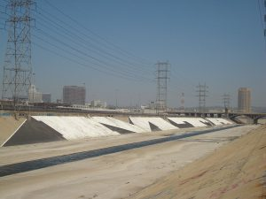 1280px-MTA_los_angeles_river
